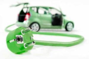 Reparaturinfos zu Hybrid- und E-Autos